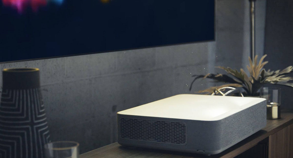 What Is a Short Throw Projector and Their Advantages & Disadvantages